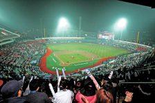 Billingsley Finds Success in Korea